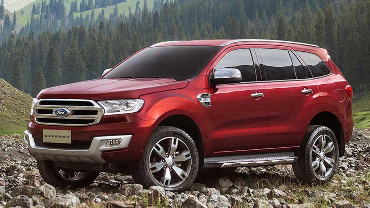 Ford-everest-khien-phan-khuc-7-cho-soi-noi-hon-01